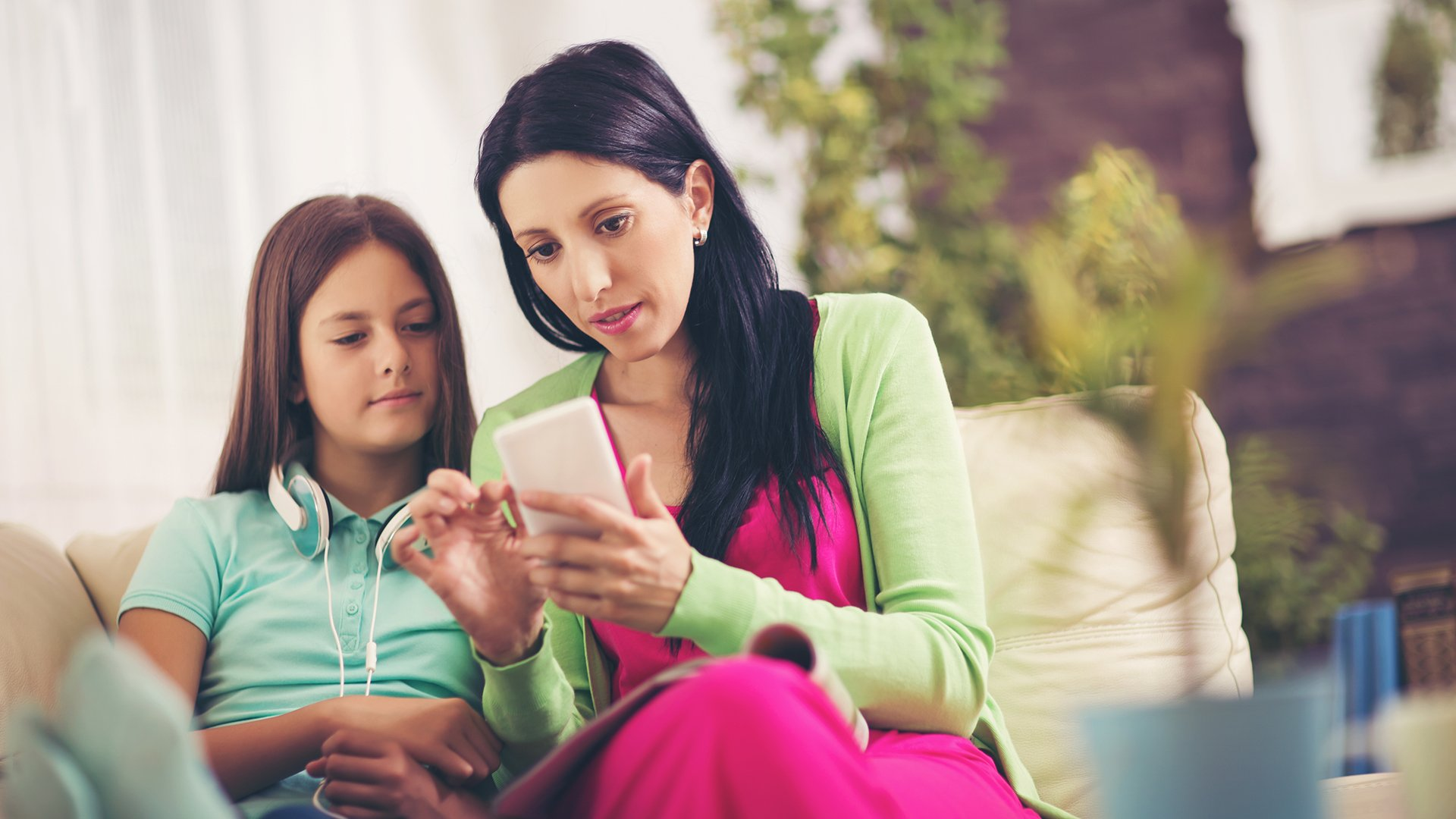 We Need To Talk About Kids And >> Why We Need To Talk To Our Kids About The Bad Stuff On The